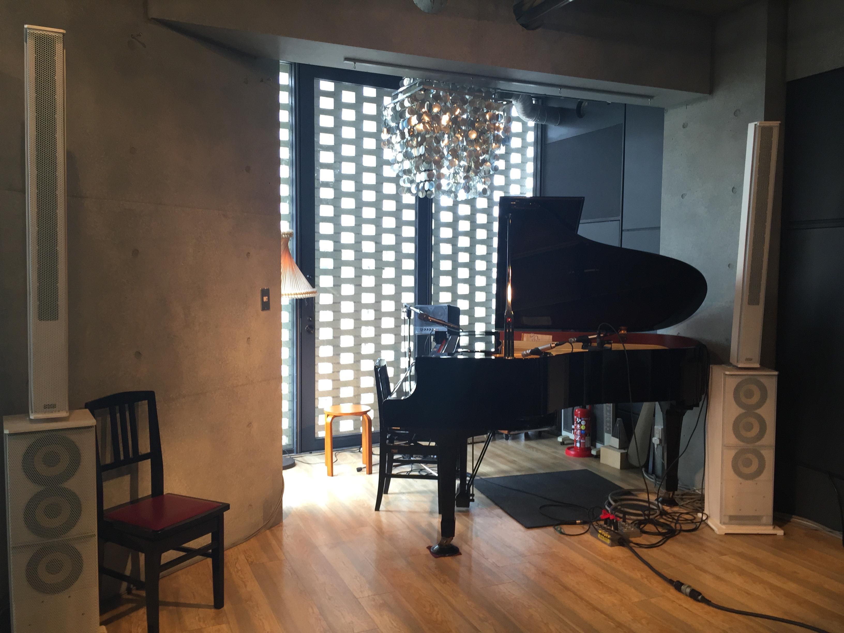 【下北沢】グランドピアノに充実の音楽機材♪可能性が広がる「Workshop Lounge SEED SHIP」