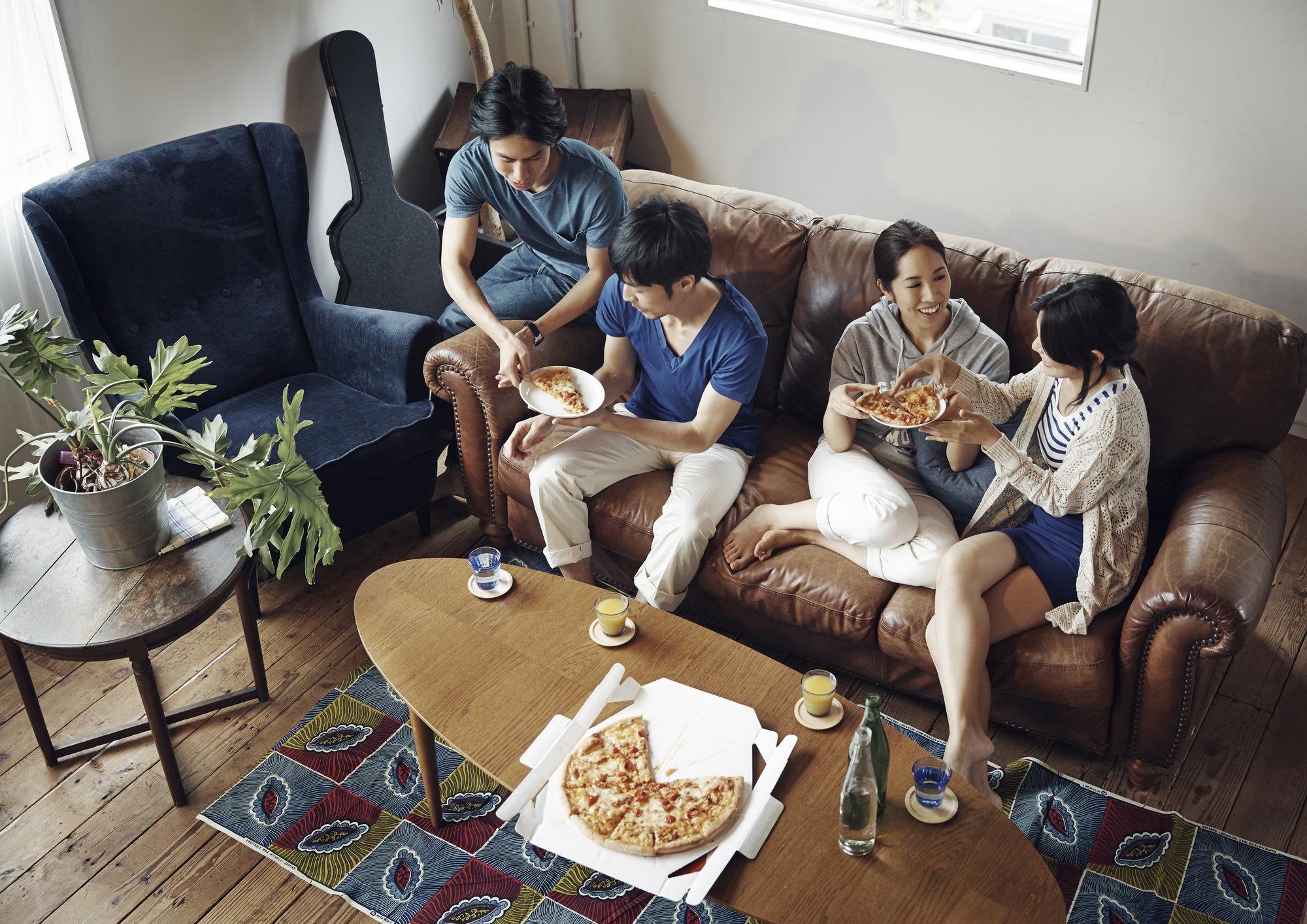 【ホームパーティーVS飲食店】実際どっちがいいの!?