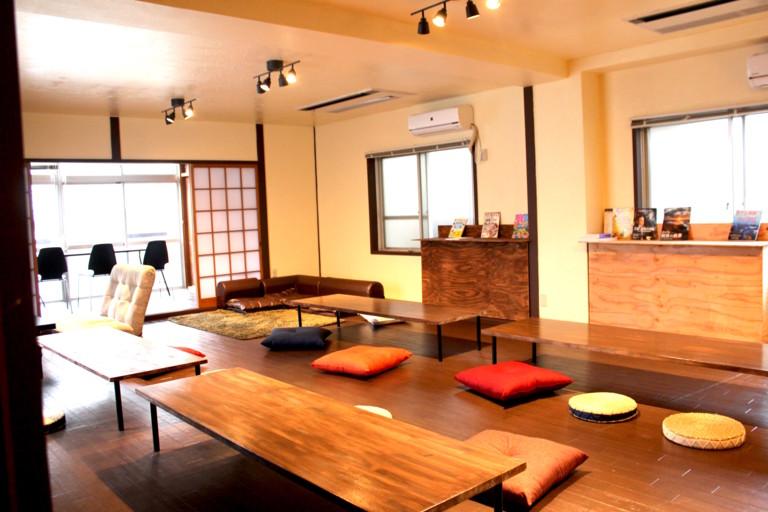 【大阪・難波】ベビー、お子様大歓迎!! ママ会、パーティー向けキッチン、リビングスペース