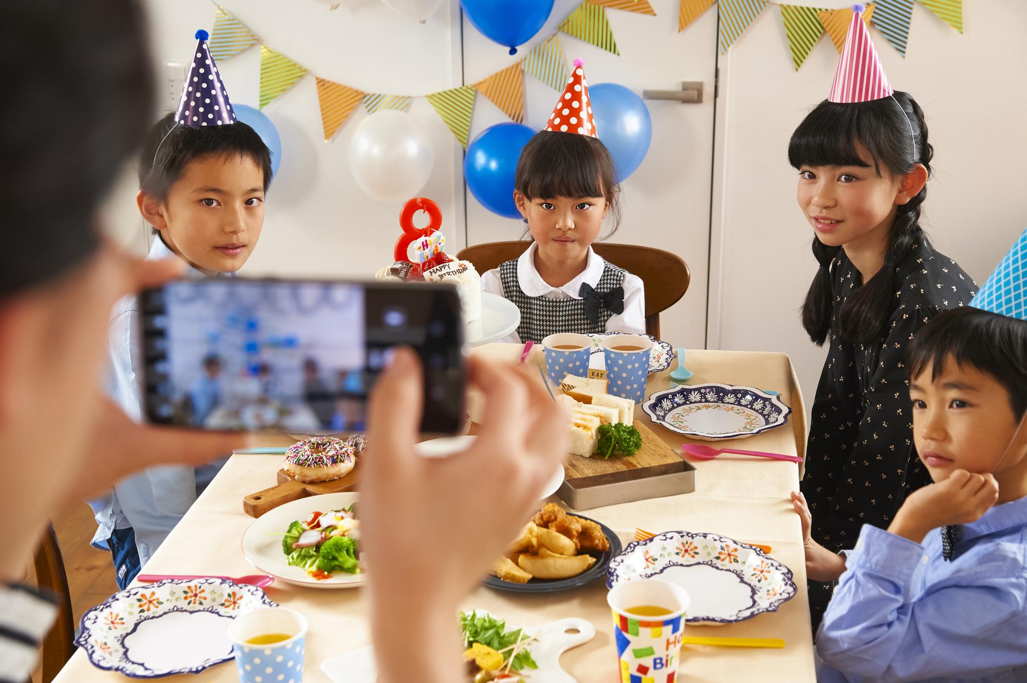 子供たちが盛り上がること間違いなし!子供ウケするパーティーゲームを紹介