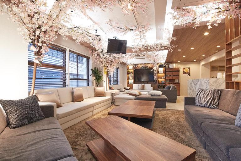 Lounge-R-Premiumでインドア花見